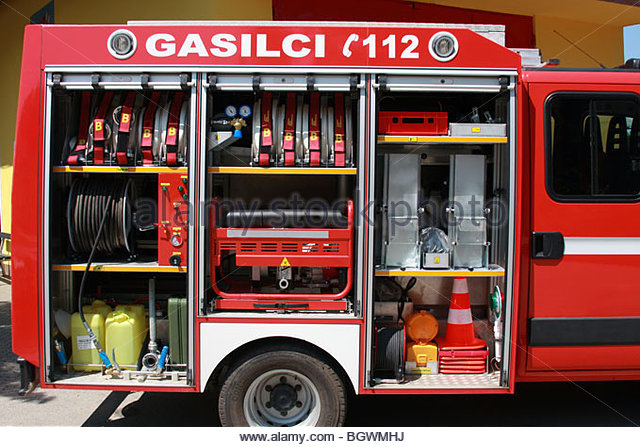 equipment-in-the-smal-fire-truck-bgwmhj
